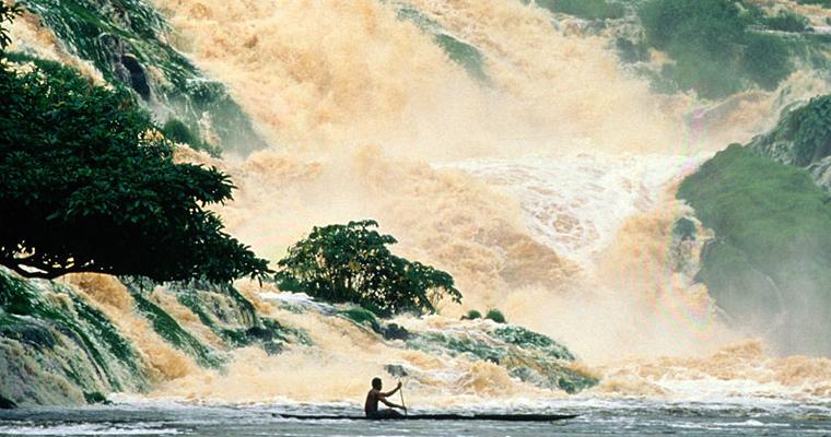 Kongou Falls, Габон
