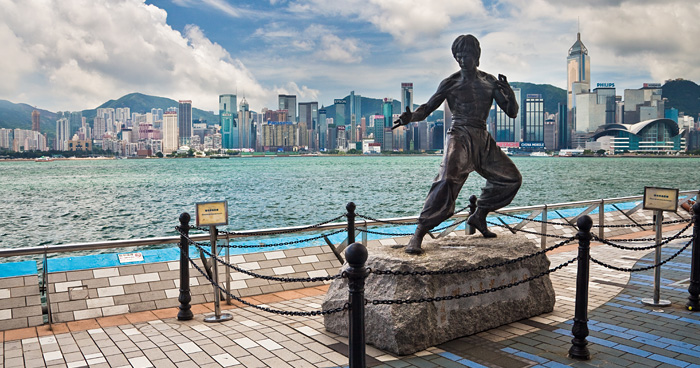 Статуя Брюс Ли в Гонконге