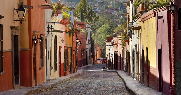 Узкая улица, Мексика