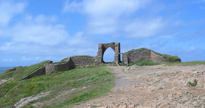 Руины Замок Гросне, Джерси