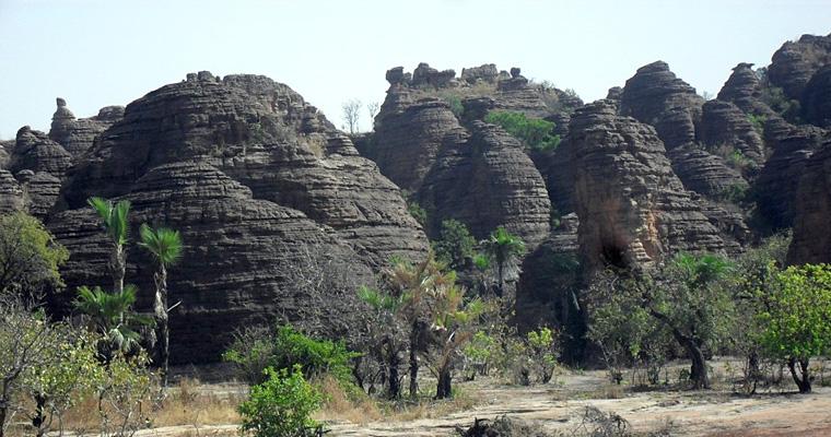 Синду Пикс, Гана