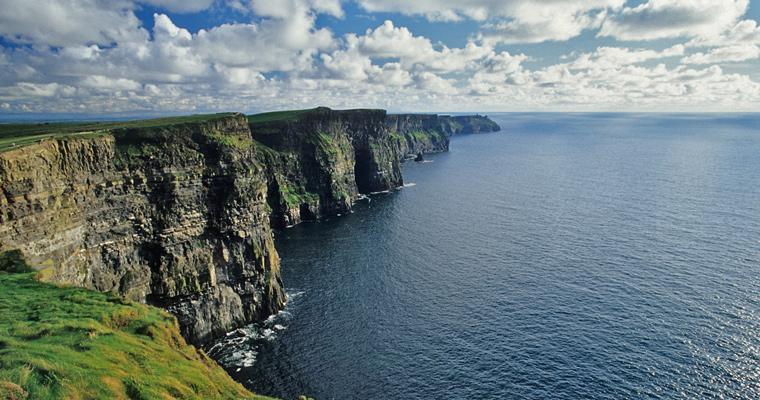Скалы у побережья, Ирландия