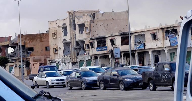 Улица в Триполи (2014 г.), Ливия