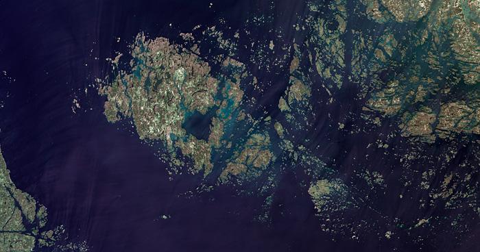 Аландские острова из космоса