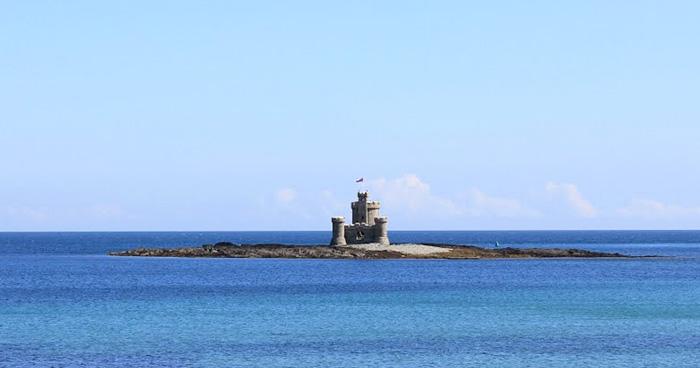 Башня Убежище (Refuge), залив Дуглас, Остров Мэн