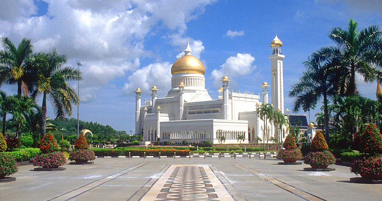 Омар Али мечеть Saifuddien, Бандар-Сери-Бегаван, Бруней