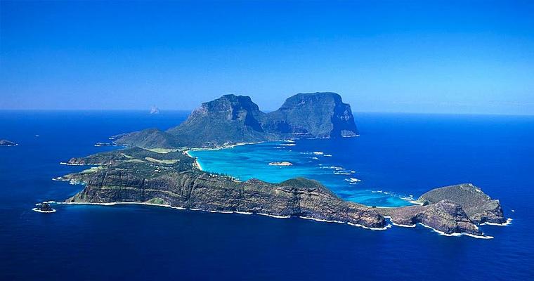 Большой Барьерный Риф, самым южным на планете.