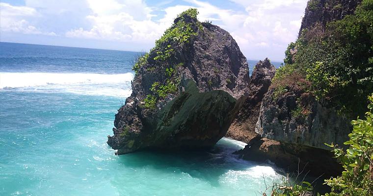 Пляж в Улувату, Бали, Индонезия