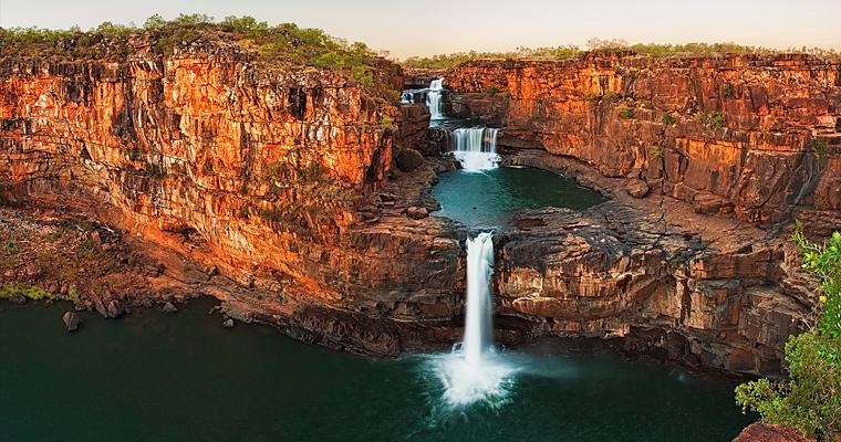 Водопад Митчелл. Многоуровневый водопад в Австралии.