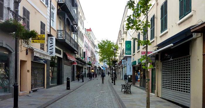 Одина из главных улиц Гибралтара