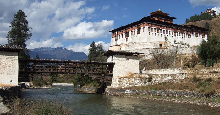 Мост через Мо-Чу в Пунакха Дзонг, Бутан