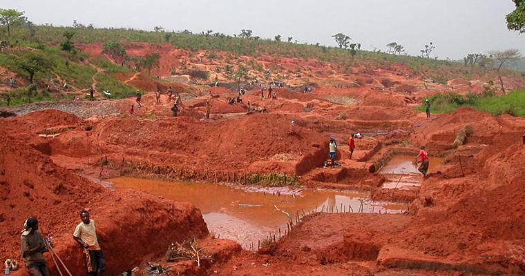 Алмазный рудник, Ангола