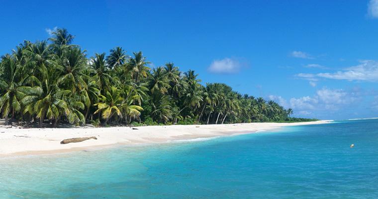 Пляж на Mogmog, Микронезия