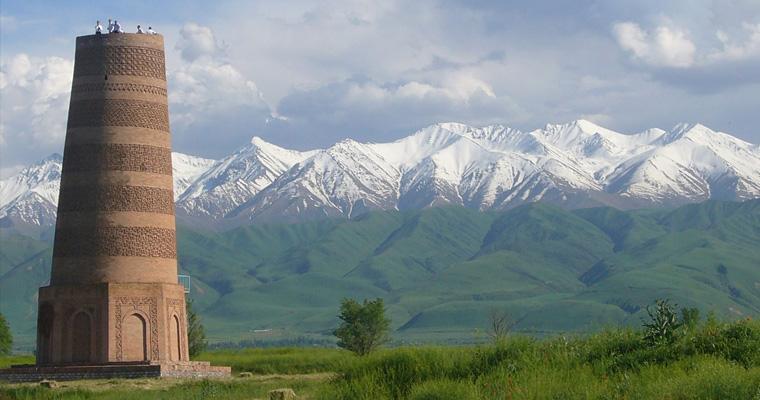 Ворота Парк Панфилова, Бишкек, Киргизия