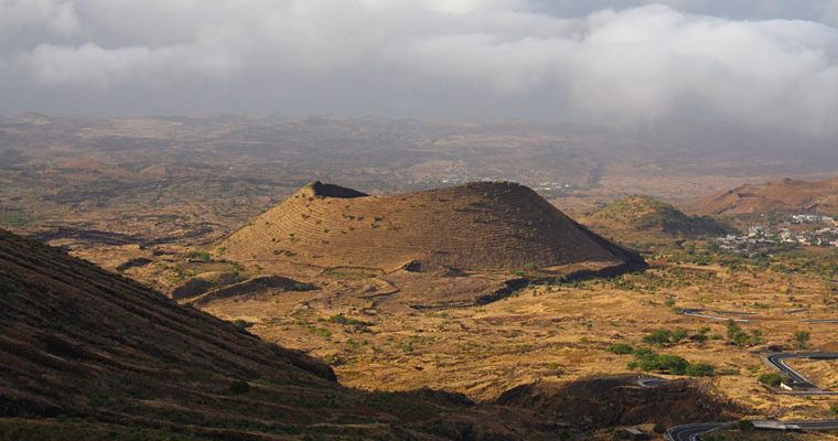 Вулканический ландшафт острова Фогу, Кабо-Верде