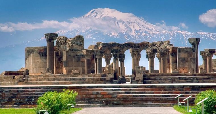 Ереван, Арарат, Хор Вирап.