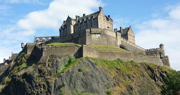 Эдинбургский замок, Англия