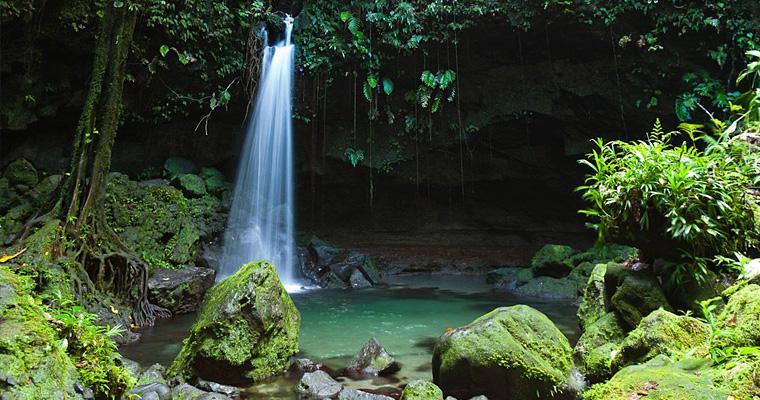 Изумруд бассейн, Национальный парк Морн-Труа-Питон, Доминика