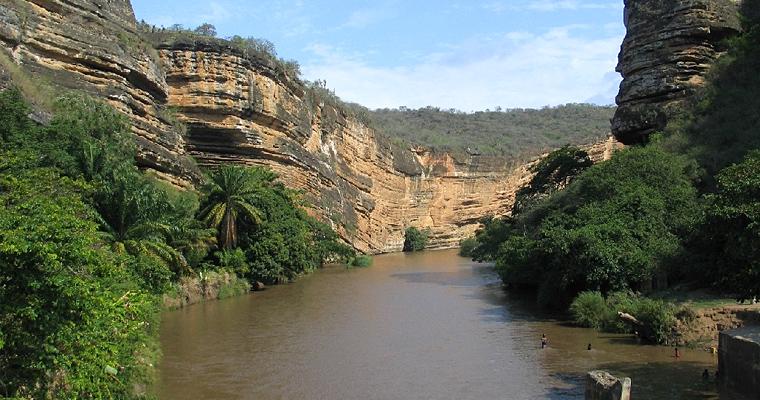 Река Кубал на юге Анголы