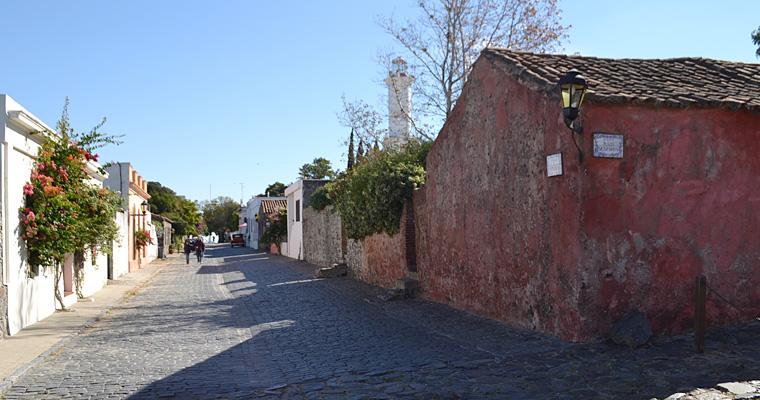 Колония-дель-Сакраменто, Парагвай