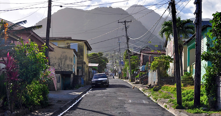 Улица города, Доминика