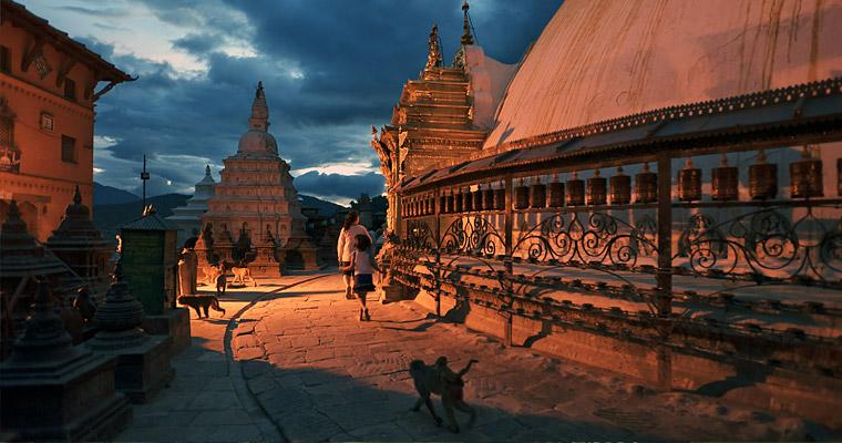 Катманду — между индийских джунглях и высокой стеной Гималаев.