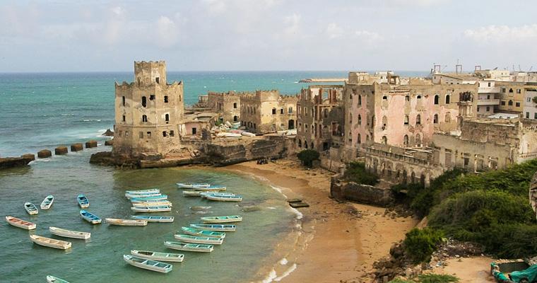 Заброшенный итальянский маяк, Сомали