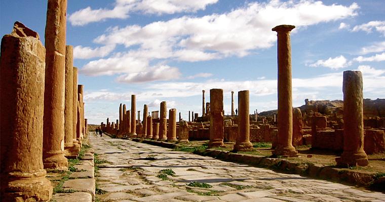 Город Тимгад — римский город в Северной Африке, на территории современного Алжира