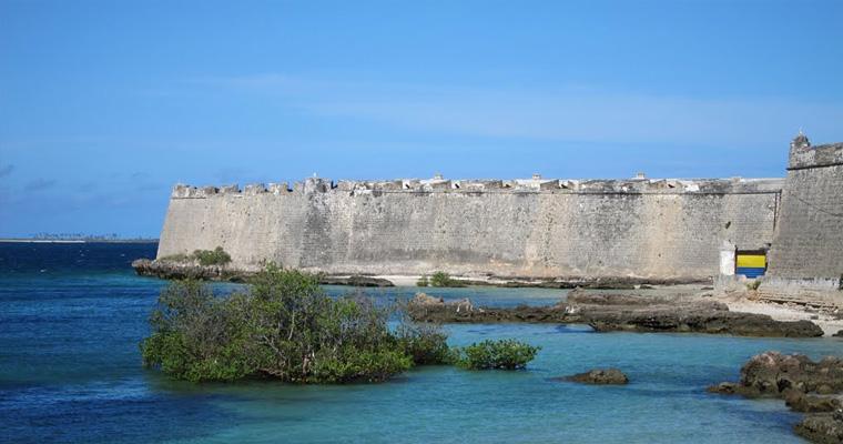 Форт Сан-Себастьян, Форталеза-Бич, Мозамбик