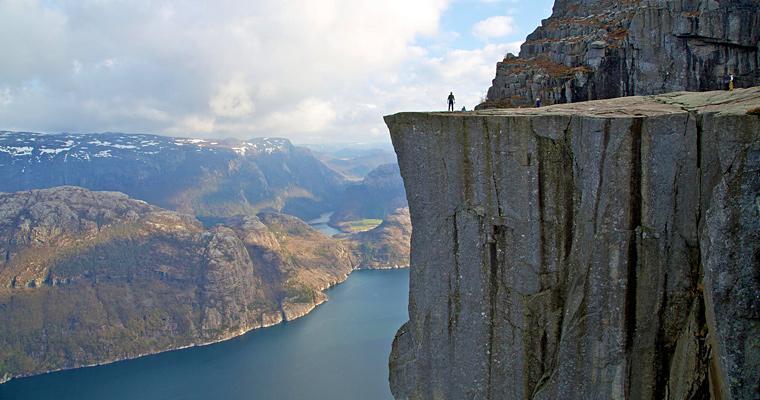 Скала Preikestolen Pulpit, Норвегия