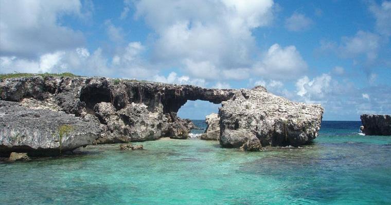 Ворота Ада в Антигуа и Барбуда