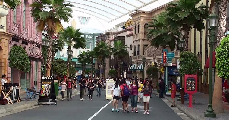 Студией Universal в Сингапуре