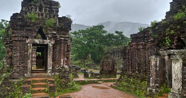 Руины, Вьетнам