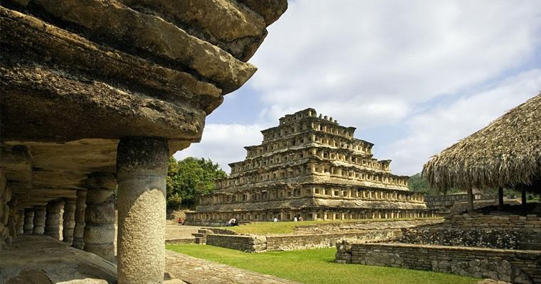Руины Эль Тажин, Мексика
