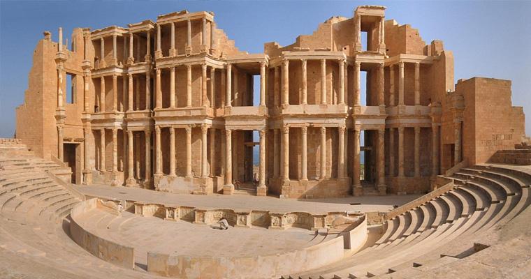 Римский амфитеатр в Sabratha, Ливия