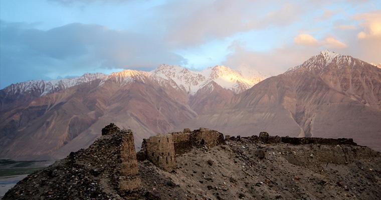 Форт Ямчун, Памир, Таджикистан