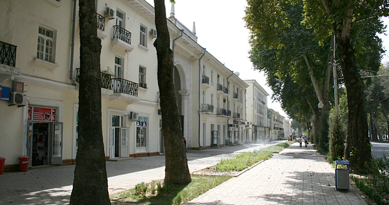 Бульвар Рудаки, Душанбе, Таджикистан