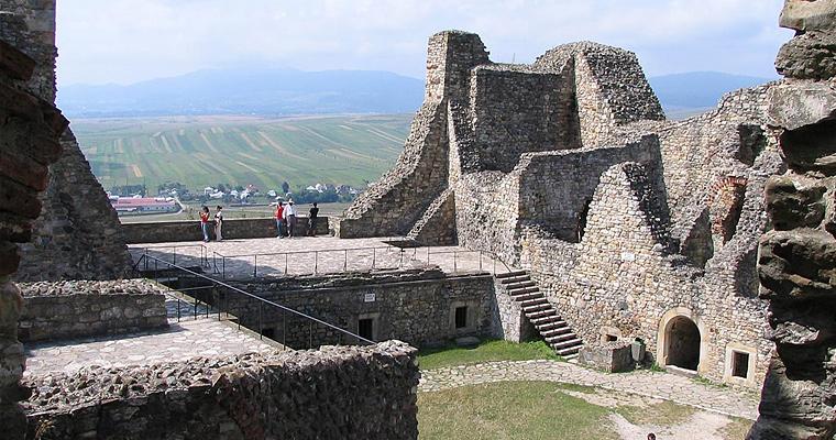 Крепость Нямц, Молдова