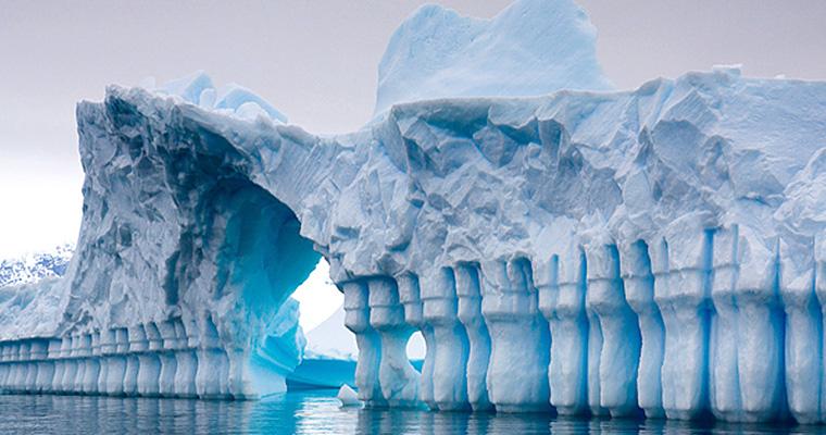 Айсберг Pleneau Bay, Антарктида