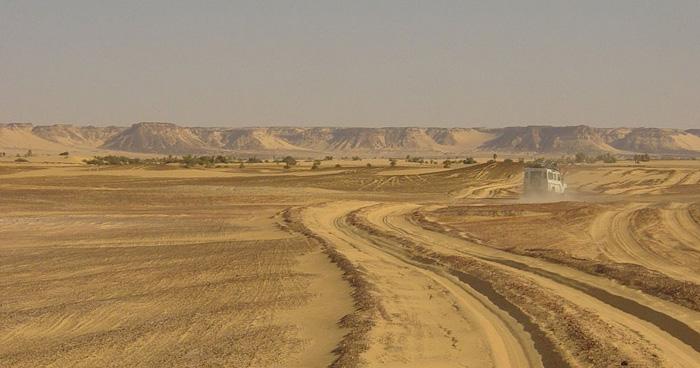 Дорога в Dirkou, Нигер