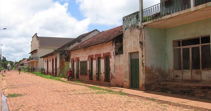 Улица в Бафата, Гвинея-Бисау