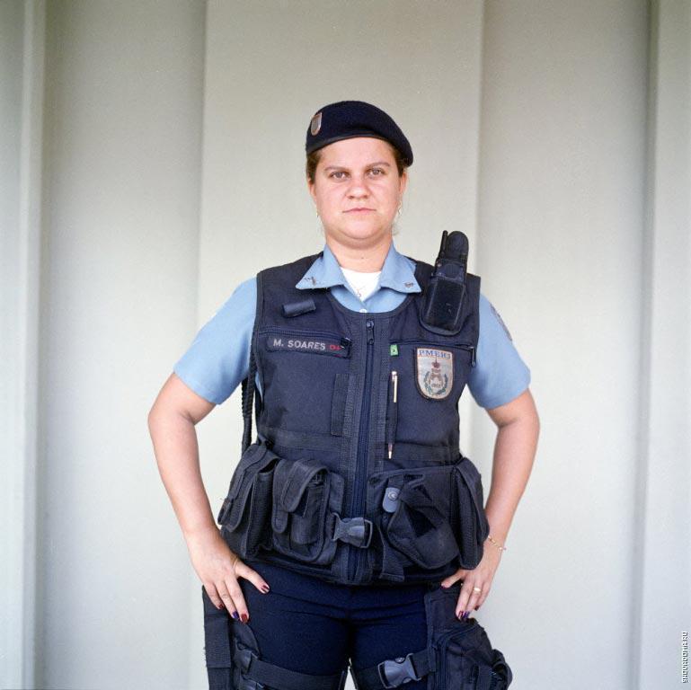 Мишель Соарес, 27 лет, из группы быстрого реагирования в Полиции.