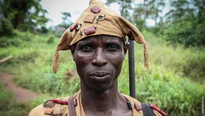 Африка, что нашел то одел